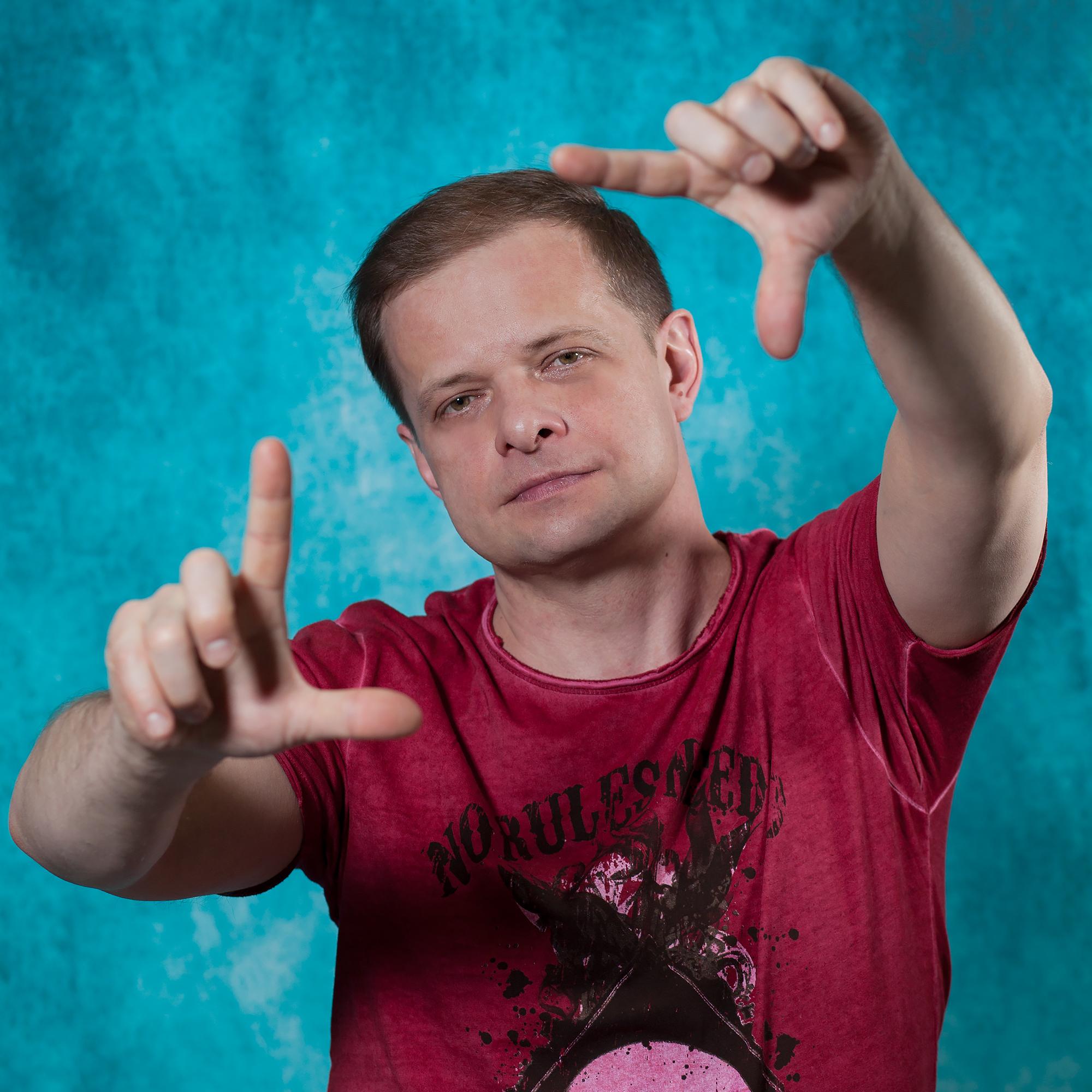30 октября (Ср) — Роман Рябцев концерт-съёмка шоу «Обычные люди» - Lюstra Bar